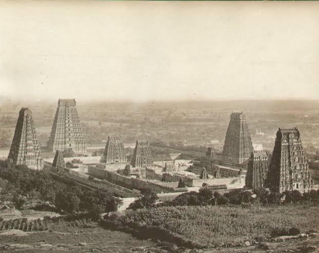 Old Madurai  Meenakshi Temple Pictures